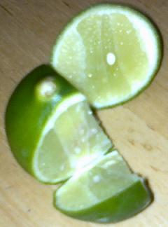 salah satu cara menghilangkan ketombe adalah dengan menggunakan jeruk nipis