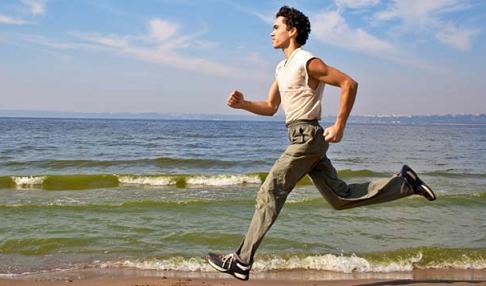 lari atau jogging merupakan salah satu cara untuk sehat yang hemat biaya