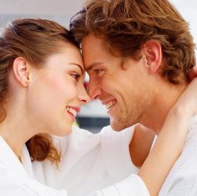 ciuman bisa meningkatkan kesehatan tubuh