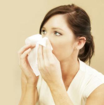 mengatasi hidung berdarah