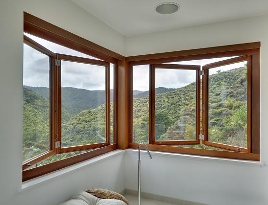 contoh desain jendela untuk ruang santai